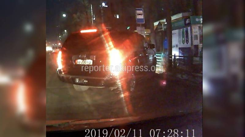 На Абдрахманова-Киевской Cadillac Escalade нарушил ПДД, - очевидец (видео)
