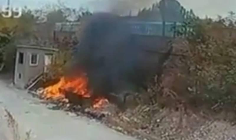 На территории завода «Фрунзе» не вывозят мусор, а поджигают, - горожанин (видео)