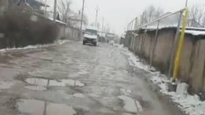 Житель жалуется на состояние дорог в жилмассиве Учкун