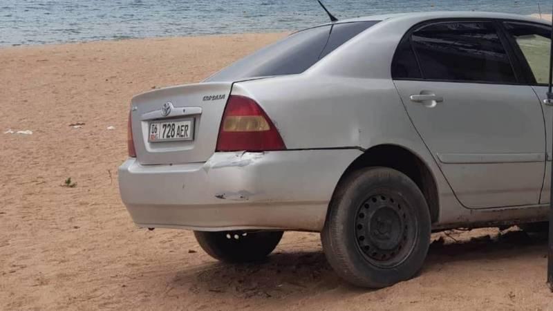«Тойота» заехала на берег Иссык-Куля в селе Бостери, - очевидец