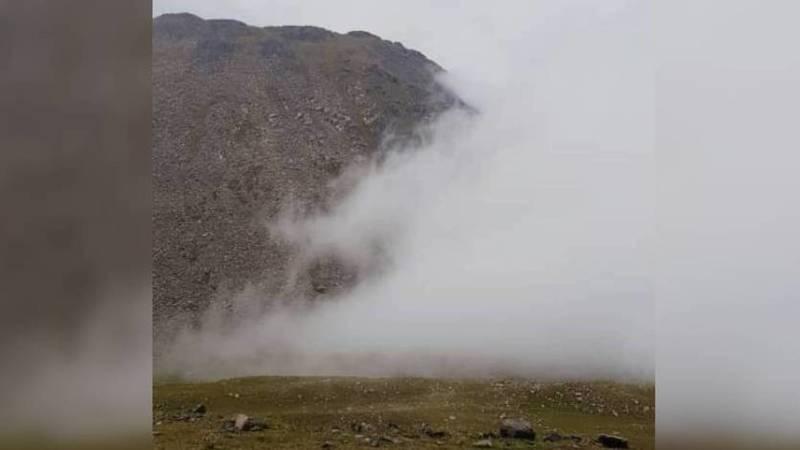 На перевале Отмок выпал снег