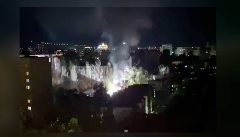 «В Бишкек прислали Терминатора?» В 5-м микрорайоне отключилось электричество. Видео