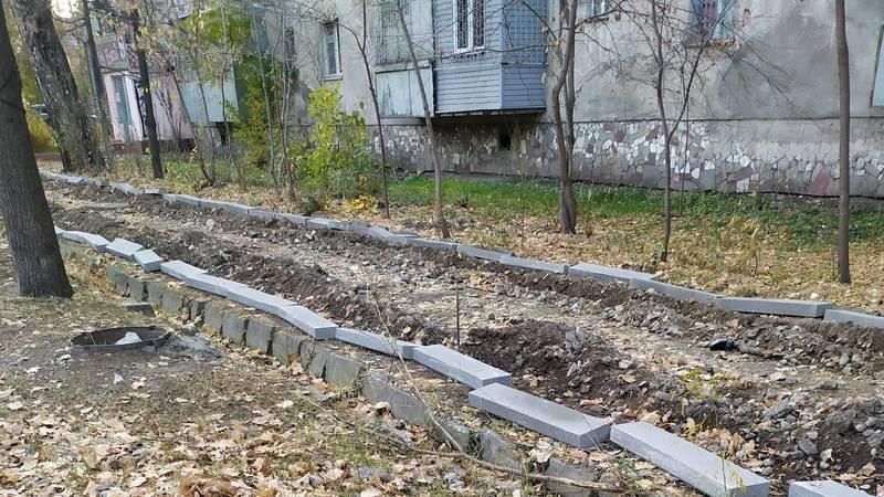 Можно ли на Чокморова вместе с тротуарами отремонтировать поливную сеть? - горожанин