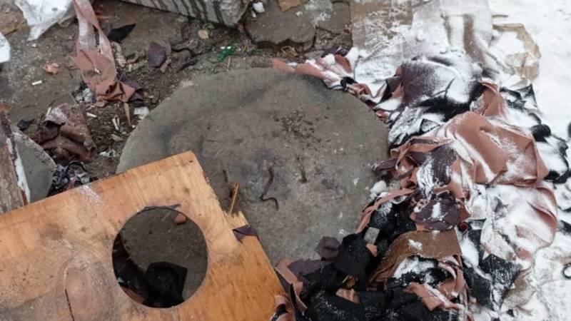 Люк на Орто-Сайском рынке закрыли. Фото и видео