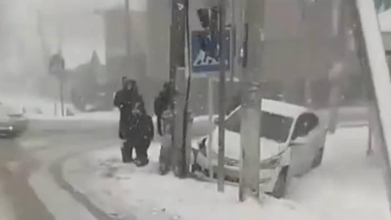 На Щербакова-Орозбекова в Бишкеке произошло ДТП