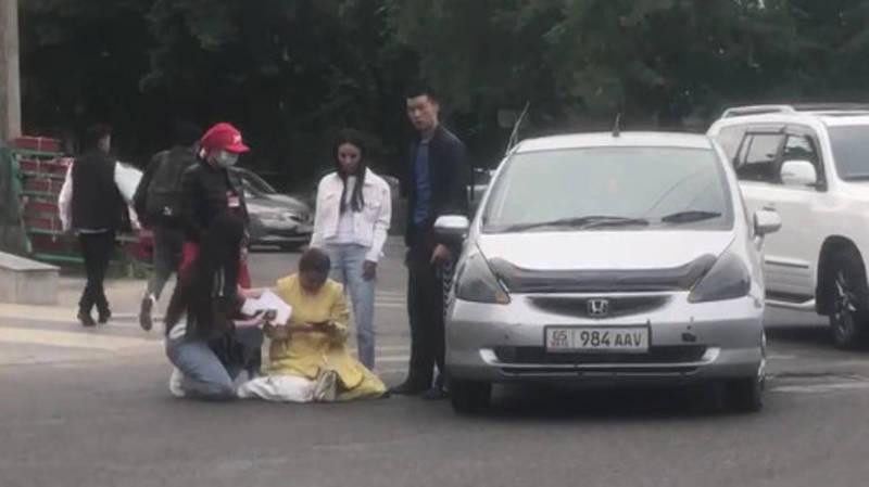 На пешеходе на Чуй-Ибраимова водитель «Хонды» сбил женщину