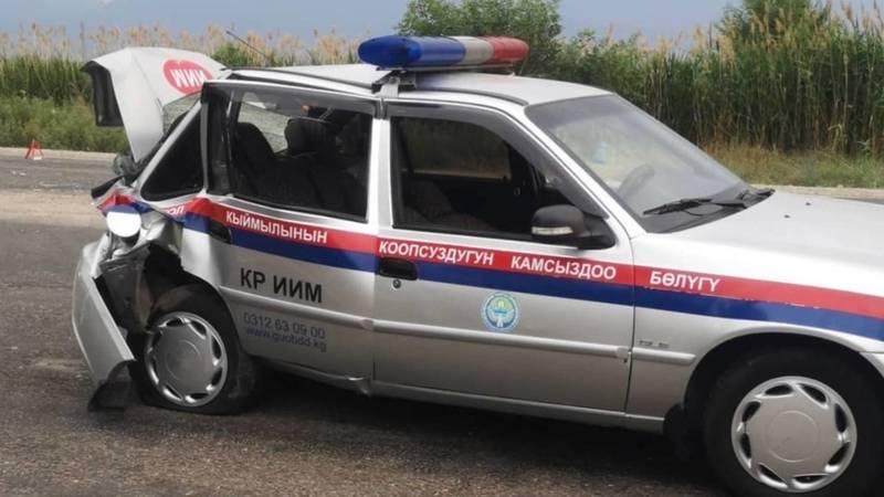 На объездной в Канте произошла авария с участием машины МВД. Видео и фото