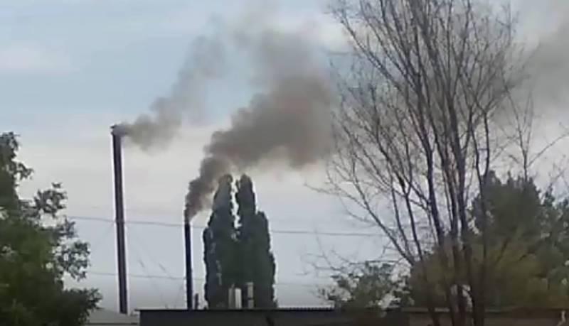 В г.Шопоков Молочное предприятие два раза в день топит печку загрязняя воздух (видео)