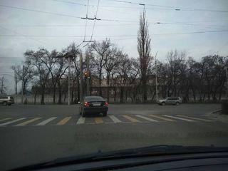 Пересечение проспекта Айтматова с улицей Горького