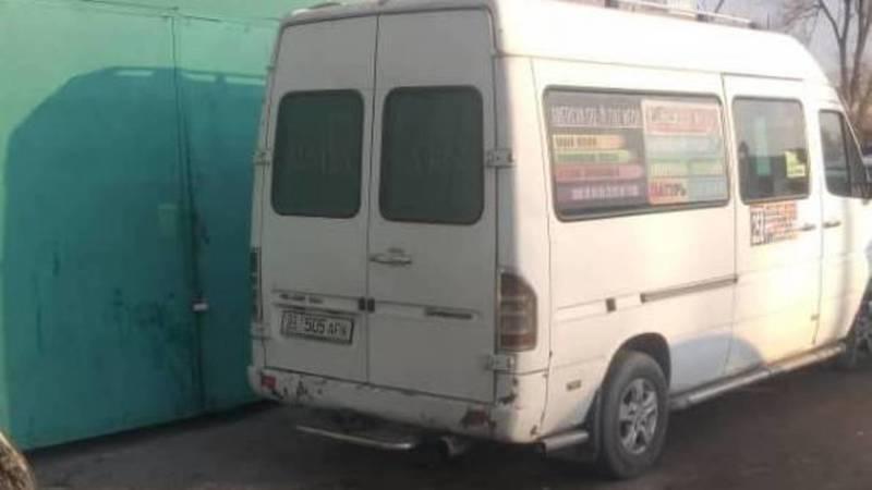 Бус, который выехал на встречку по Киевской, водворили на штрафстоянку