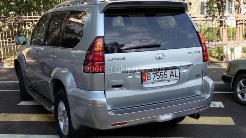 Водитель автомобиля Lexus GX 470 оштрафован на 1000 сомов, - ответ УПСМ