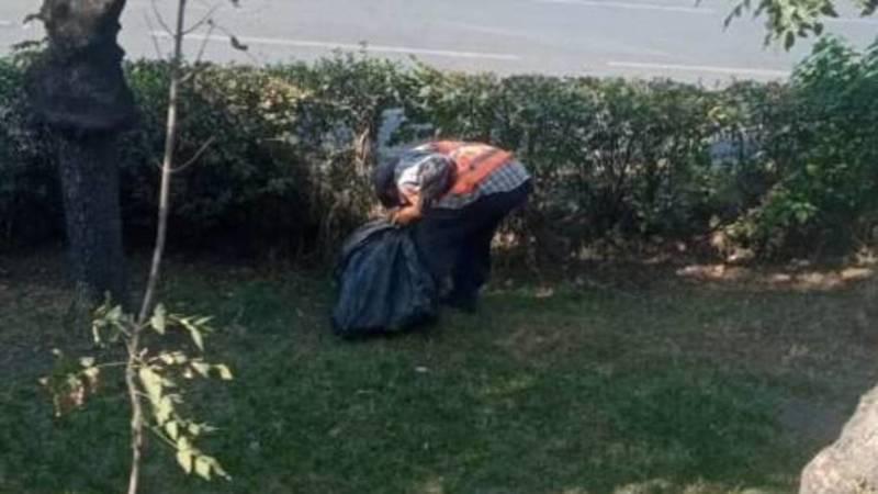 Администрация Свердловского района убрала мусор на Жибек Жолу после жалобы горожанина. Фото