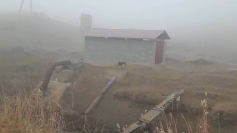 Житель интересуется, когда начнет работать насос для откачки поливной воды в селе Дейре-Сай?