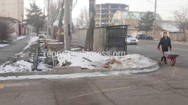 Мэрия: Мусорные контейнеры на ул.Юнусалиева установлены согласно правилам благоустройства