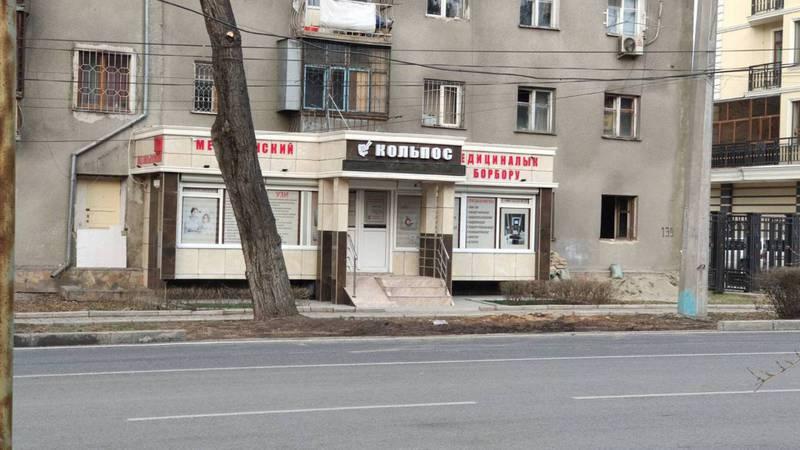 Горожанин просит ликвидировать незаконную парковку на улице Московской