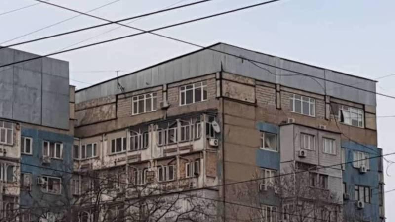 Разрешительные документы на перепрофилирование помещений чердака под квартиру на Абдрахманова-Боконбаева не выдавались, - мэрия