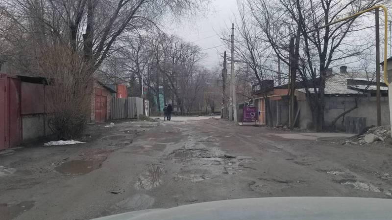 Улица Каховского нуждается в ремонте. Фото