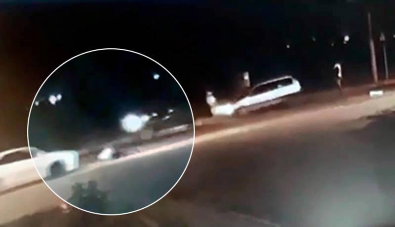 Автомашина сбила пешехода на ул.Анкары. Водитель сбежал. Видео