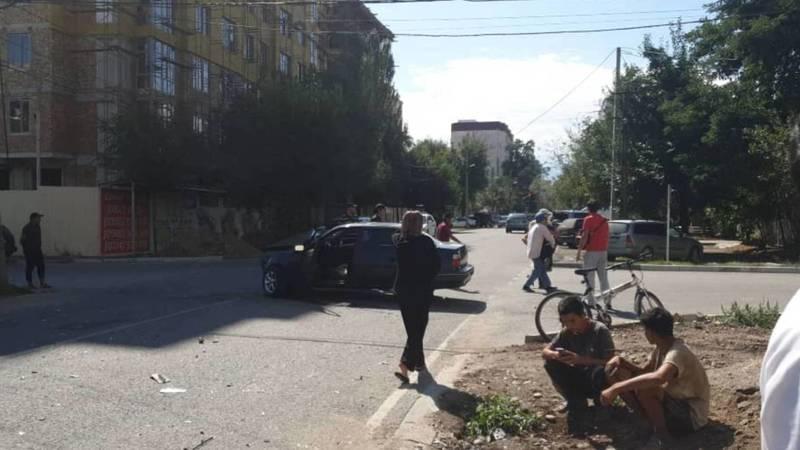 На ул.Жумабека произошло ДТП, - очевидец