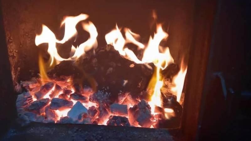 Дом на Репина отапливается углем, - мэрия. Фото