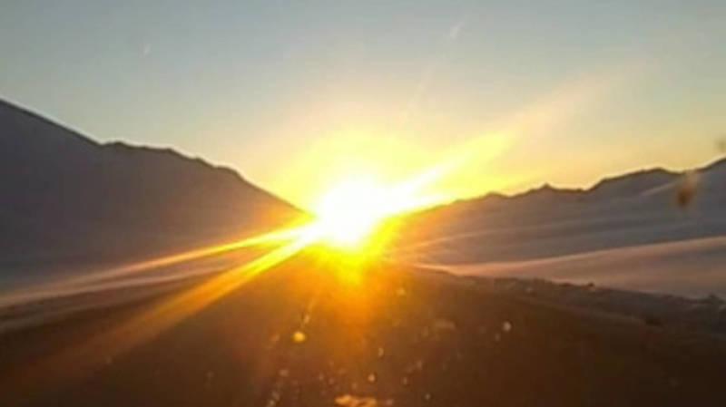 Невероятно красивый рассвет на перевале Ала-Бель. Видео