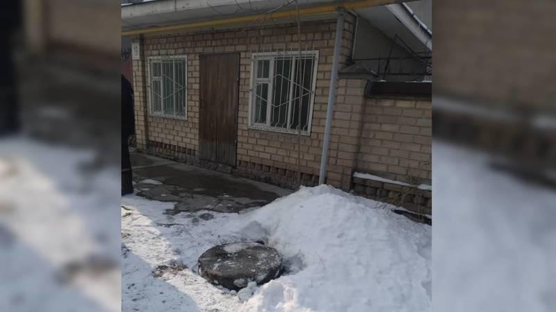 Люк по улице Керемет в жилмассиве Кок-Жар закрыли, - мэрия