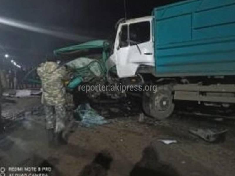 В селе Чым-Коргон произошло жуткое ДТП с участием грузовиков