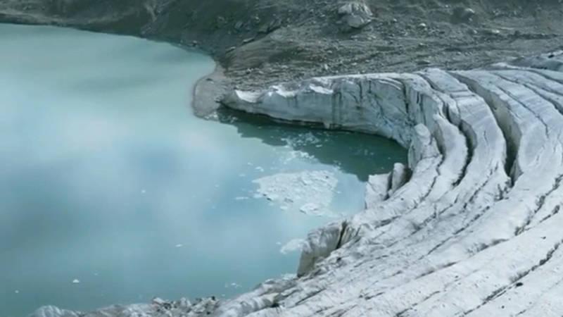 Кыргызская Арктика. Блогер поделился видео ледника под пиком Кызыл-Аскер