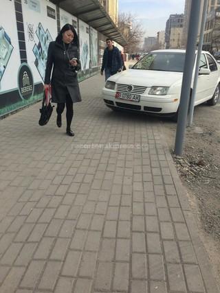 Парковка на пересечении улиц Токтогула-Исанова