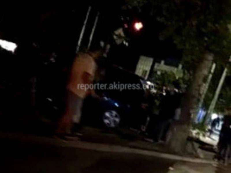 На пересечении улиц Ахунбаева и Абая в Бишкеке произошло ДТП