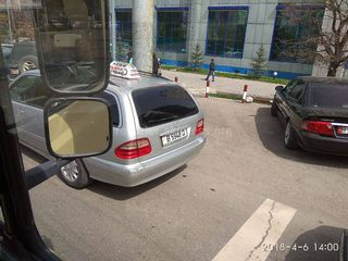 Парковка на пешеходном переходе на ул.Ибраимова