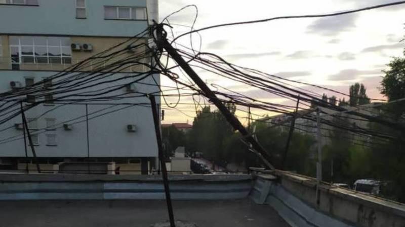 Электрический столб в 8 мкр принадлежит промышленным абонентам