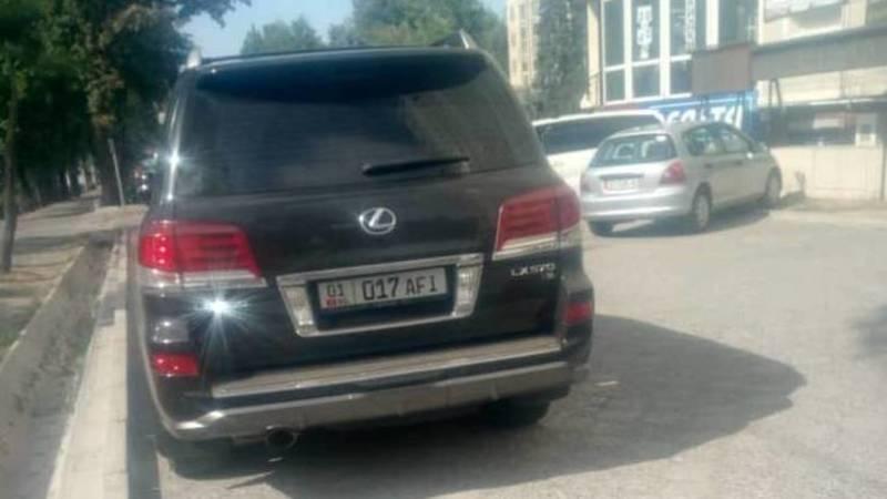 В Бишкеке замечен Lexus LX 570 c подложными номерами