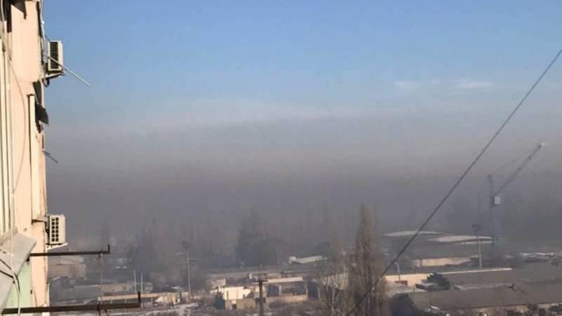 «Воздух, которым мы дышим». Горожанин жалуется на смог над столицей