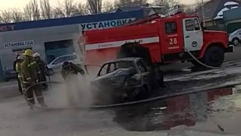 В селе Аламедин полностью сгорел Chevrolet, выехавший с заправки, - очевидец