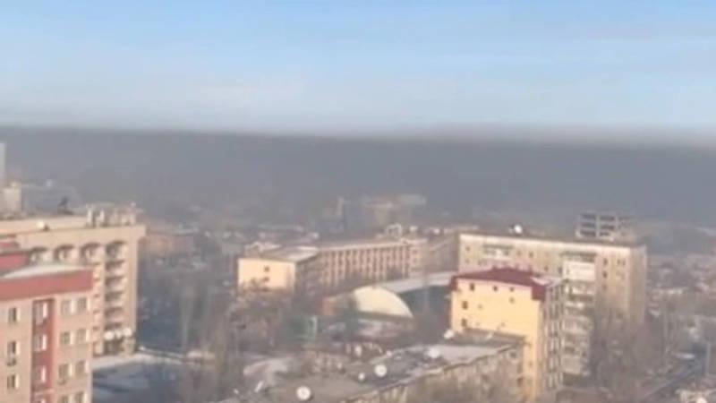 Бишкекчанин со своего балкона снял на видео смог над городом