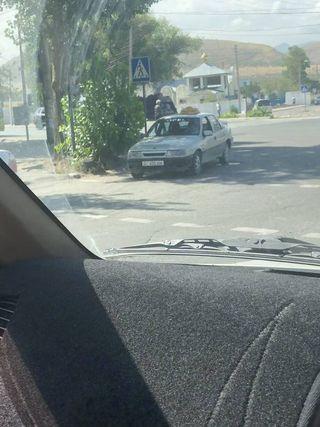 Парковка на перекрестке на ул.Токомбаева