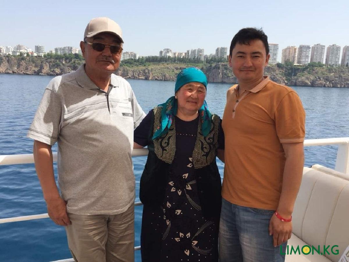 Улан родители 1